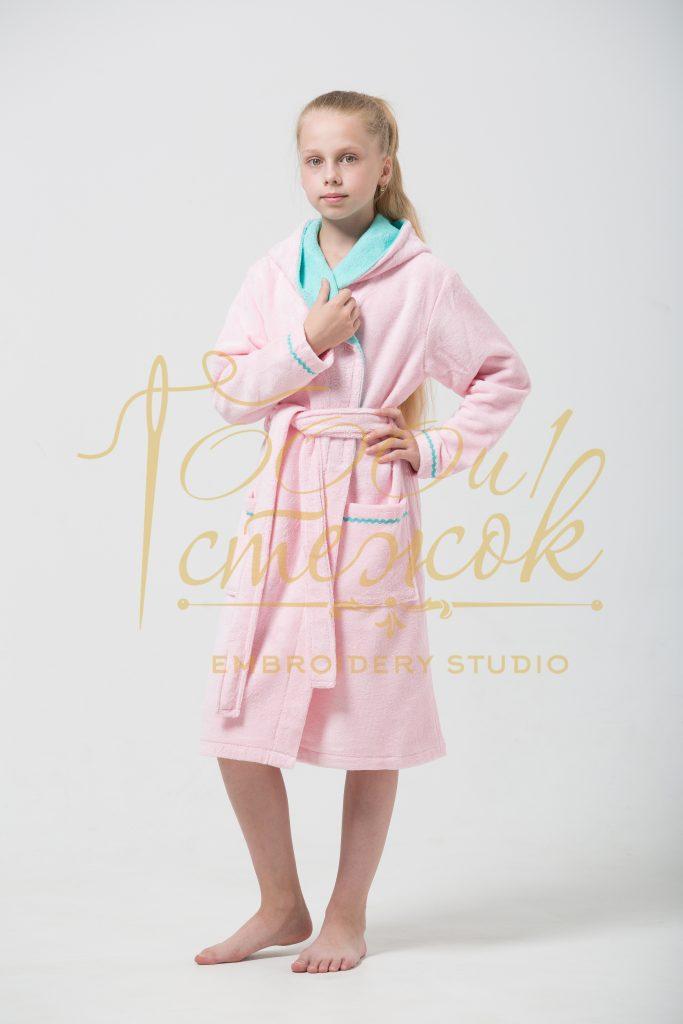 Подростковый халат с капюшоном Mimi категории «Премиум Турция» с именной вышивкой (Розовый)